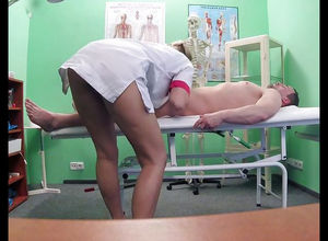 nurse blows a patient, CFNM scene.