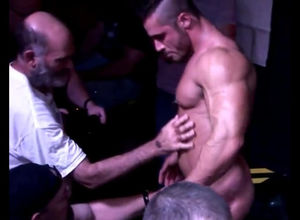 Beefy masculine stripper dancing for..