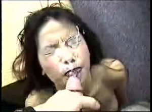 Chinese woman deep throats and gets a..