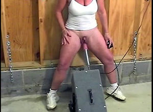 Mature female jacked immense clit,..