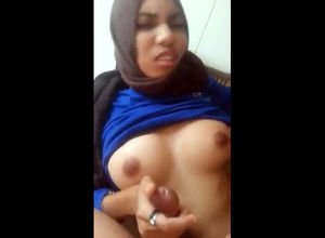 Arab penetrates gf in the bathroom...