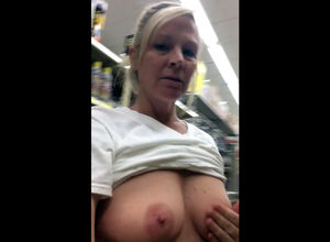 Ash-blonde mature showcasing melons..
